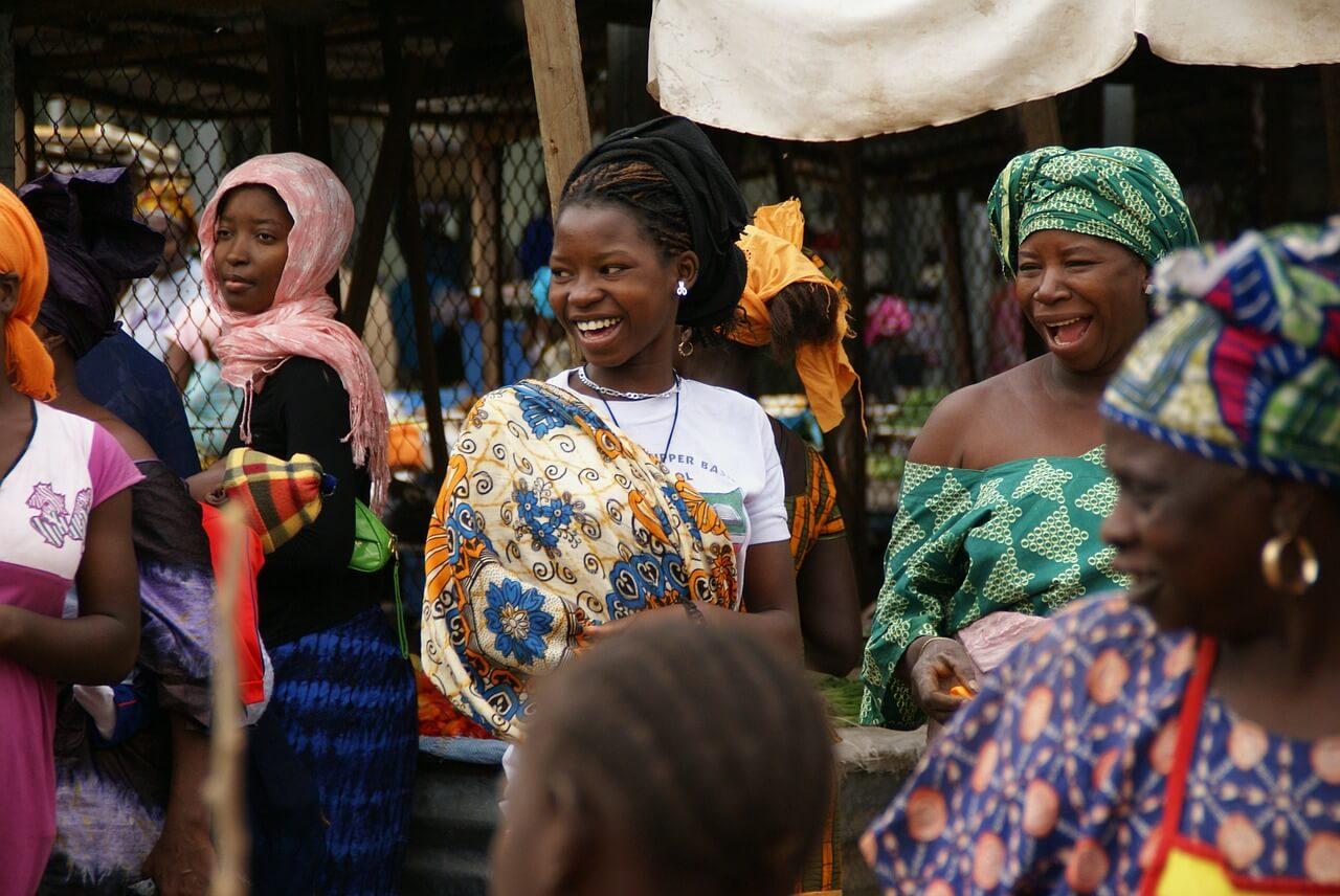 Frauen-in-Gambia